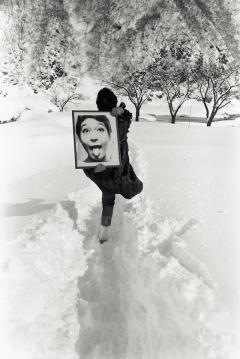 立木義浩〈舌出し天使〉より 1965年