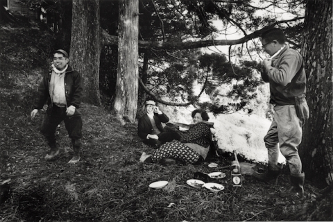 土田ヒロミ『愛知 一色黒沢』1969年〈俗神〉より (富士フイルム株式会社蔵)
